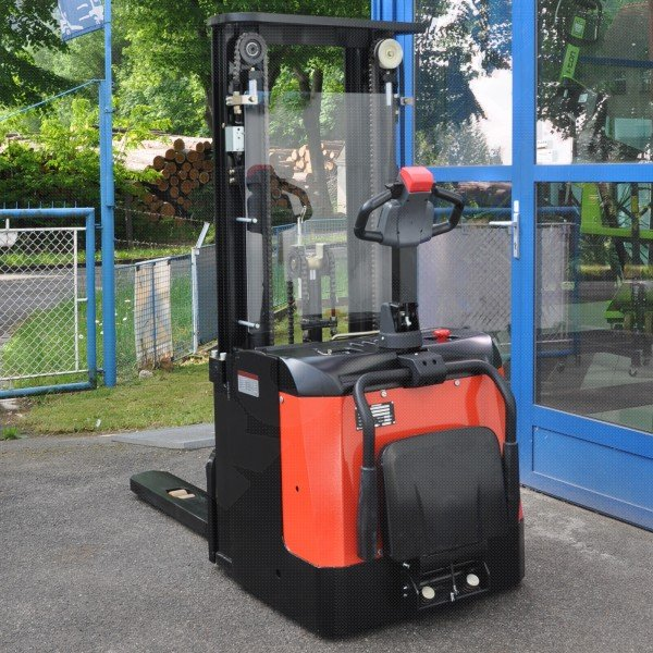 Vysokozdvižný ručně vedený vozík EUROliftCZ ES16RAST