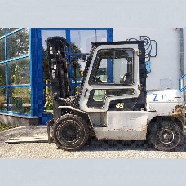 Použitý vysokozdvižný vozík dieselový HC CPCD 45- RW 35 - dobrý stav