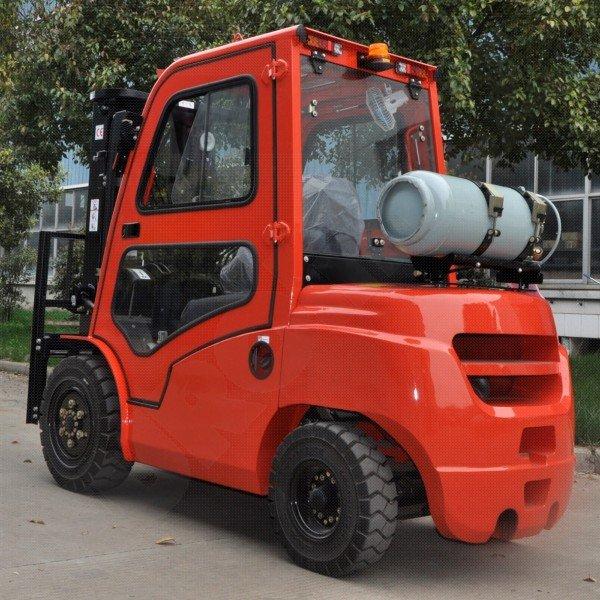Čelní vysokozdvižné vozíky EUROliftCZ T8-15 BG - T8-18 BG pohon benzín_LPG