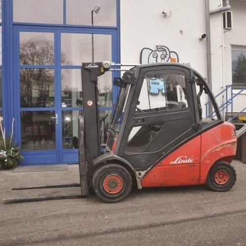 Použitý vysokozdvižný vozík dieselový Linde H 30 D - stav dobrý