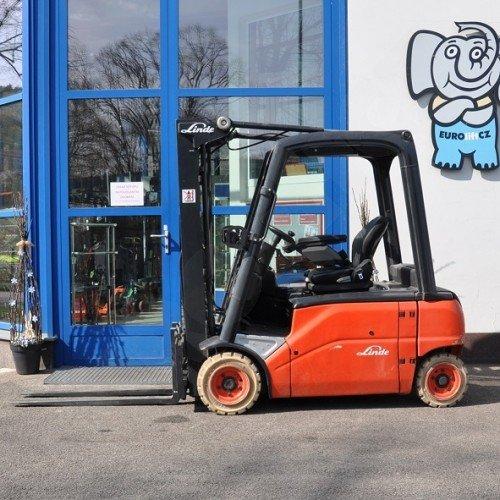Použitý vysokozdvižný vozík elektrický LINDE E18PL - velmi dobrý stav