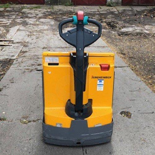 Použitý nízkozdvižný ručně vedený vozík JUNGHEINRICH EJE 116 v zánovním stavu