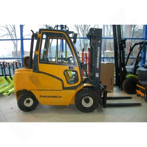 Použitý vysokozdvižný vozík plynový JUNGHEINRICH TFG 30BK